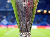 Roban  trofeo  europa  league  en  mexico