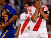 River: Regaló el regalo ( +Video del penal cobrado)
