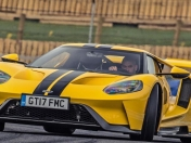 Video: Chris Harrys prueba el Ford GT