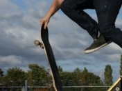 Una tabla, 4 ruedas.. [Full Skate Videos]