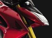 ya esta disponible la Honda CB190R.