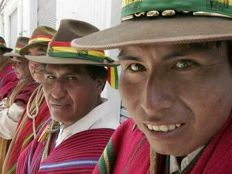Bolivia : 2050 tendran 15 millones de habitantes published in Noticias
