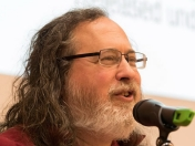 Richard Stallman no usa un smartphone por estas razones