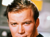 William Shatner mira Love Live!