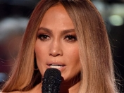 Jennifer Lopez, recital benefico en Los Angeles One Voice